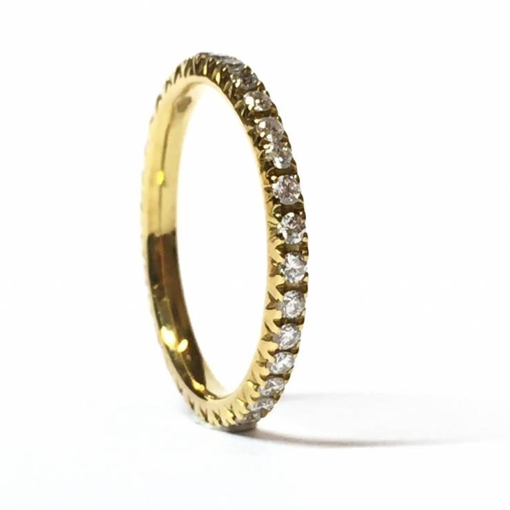 Veretta girodito in oro giallo 18 kt e diamanti 0.45 ct – Colore E