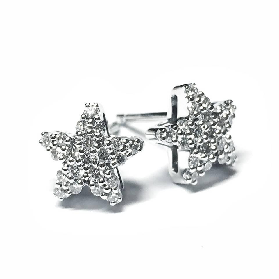 Orecchini stella in oro bianco 18 kt e diamanti 0.57 ct – colore E